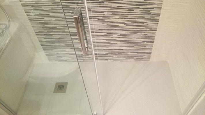 Muebles y reformas de ba os platos de ducha mamparas - Como cambiar banera por ducha sin obra ...